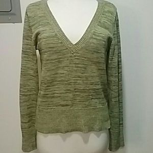 SO v-neck green sweater size xl
